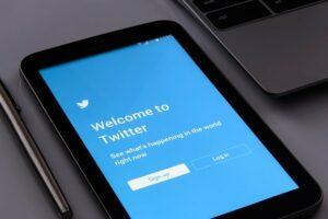 Twitter login on tablet